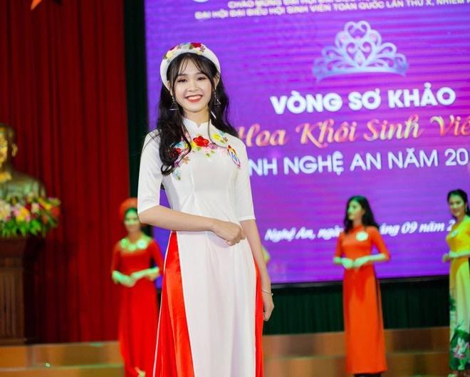 Nguyễn Hà Kiều Loan và dàn hoa khôi đại học 10X-9