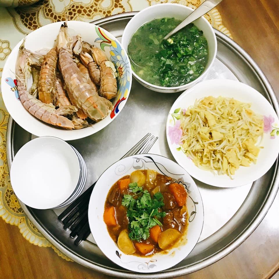 Mâm cơm gái Nghệ An nấu cho 5 người chưa tới 100k vẫn đề huề khiến chồng khen nở mũi-3