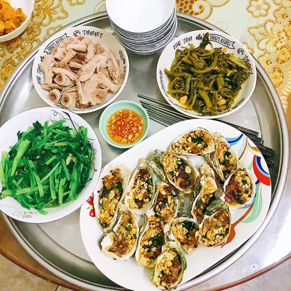 Mâm cơm gái Nghệ An nấu cho 5 người chưa tới 100k vẫn đề huề khiến chồng khen nở mũi-9