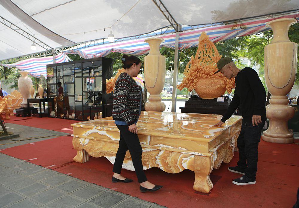 Chiêm ngưỡng chiếc sập bằng đá độc nhất vô nhị ở Hà Nội-7
