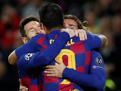 Messi vượt Ronaldo, lập kỷ lục ghi bàn tại Champions League