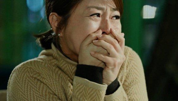 Nỗi đau đớn của nữ hiệu phó bị cả gia đình quay lưng khi ngoại tình với bảo vệ-2