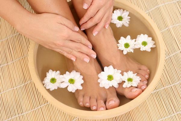 3 dấu hiệu ở bàn chân mà chúng ta thường hay lờ đi thể hiện sức khỏe đang có vấn đề-3