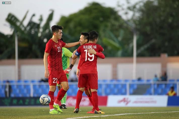 Quang Hải nổ súng, U22 Việt Nam thắng lớn nhưng thầy Park bắt đầu phải lo lắng-5