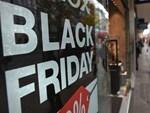 Thảm cảnh năm nay, Black Friday giảm 80% vẫn ngồi không đợi khách-26