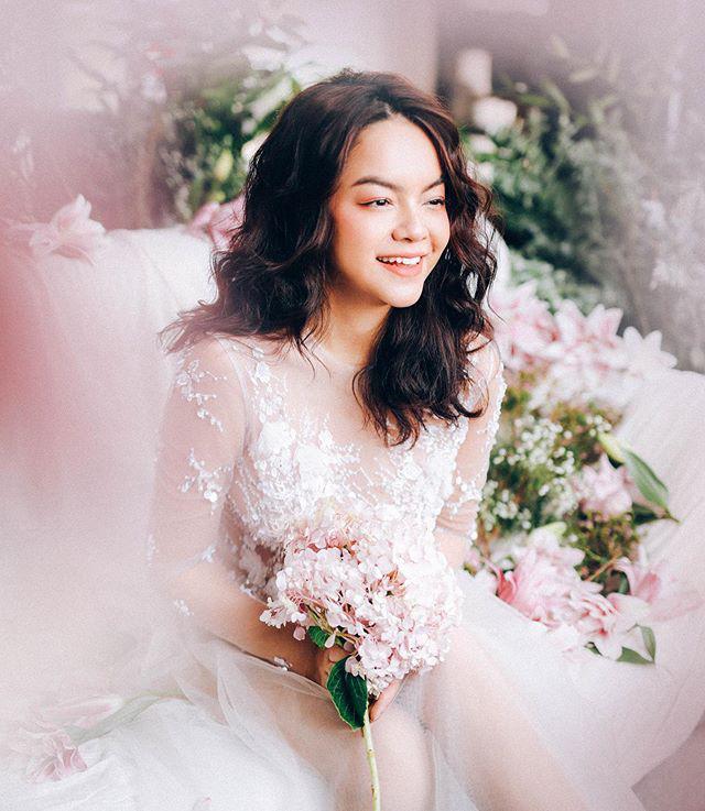 Được fan tích cực đẩy thuyền với Noo Phước Thịnh, Phạm Quỳnh Anh bất ngờ diện váy cưới lung linh như cô dâu-1
