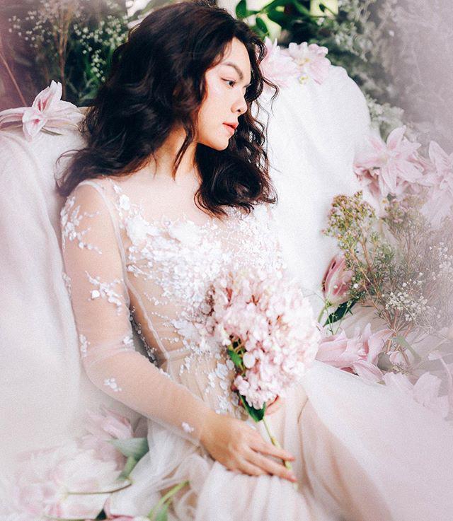 Được fan tích cực đẩy thuyền với Noo Phước Thịnh, Phạm Quỳnh Anh bất ngờ diện váy cưới lung linh như cô dâu-2