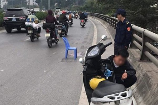 Tài xế xe tải tông chết bé 6 tuổi rồi bỏ chạy ở Hà Nội đã ra đầu thú-1