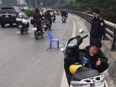 Tài xế xe tải tông chết bé 6 tuổi rồi bỏ chạy ở Hà Nội đã ra đầu thú