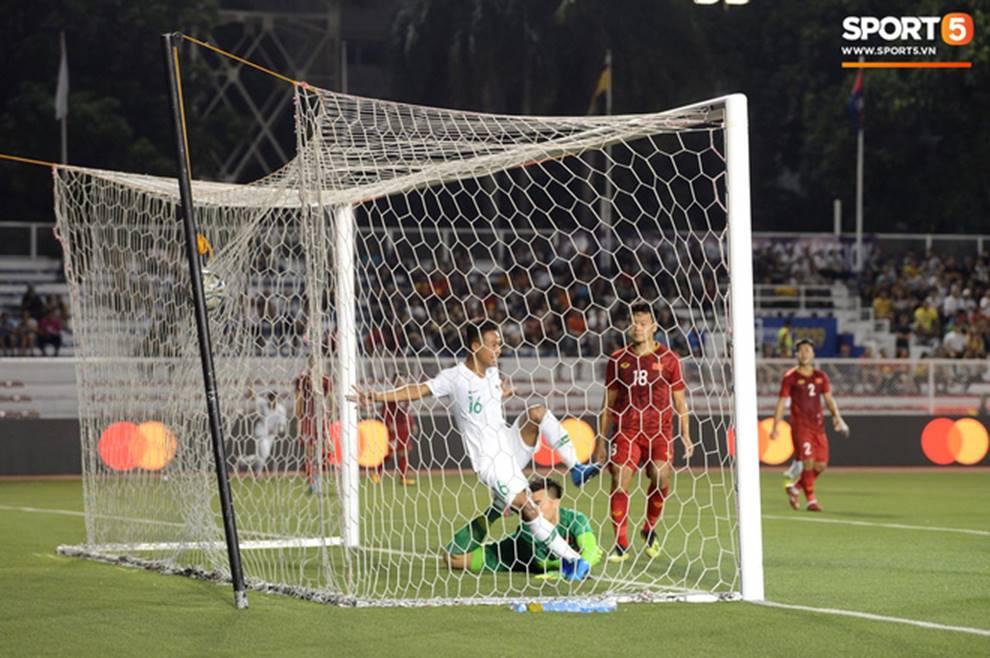 U22 Việt Nam 2-1 U22 Indonesia: Siêu phẩm của Hoàng Đức mang lại bàn thắng ở phút bù giờ!!-7