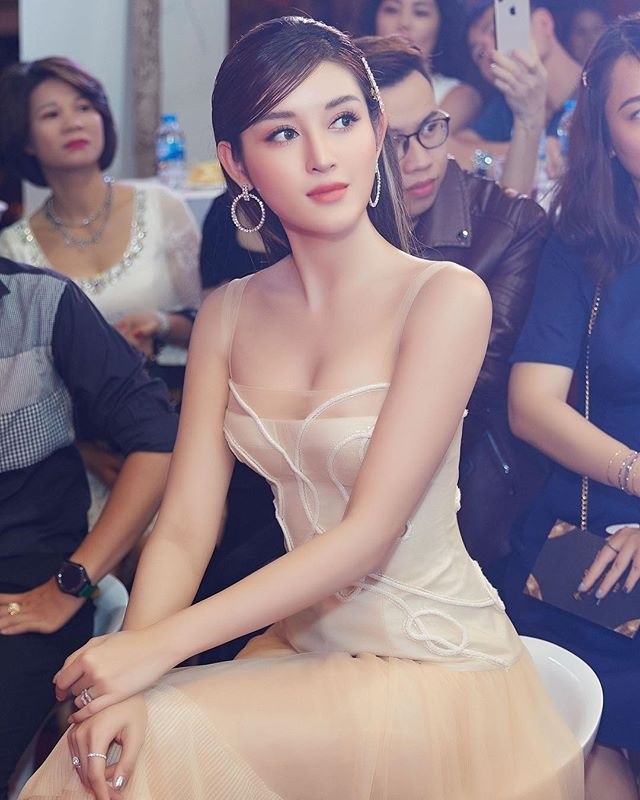 Những hoa hậu, á hậu Việt độc thân quyến rũ-8