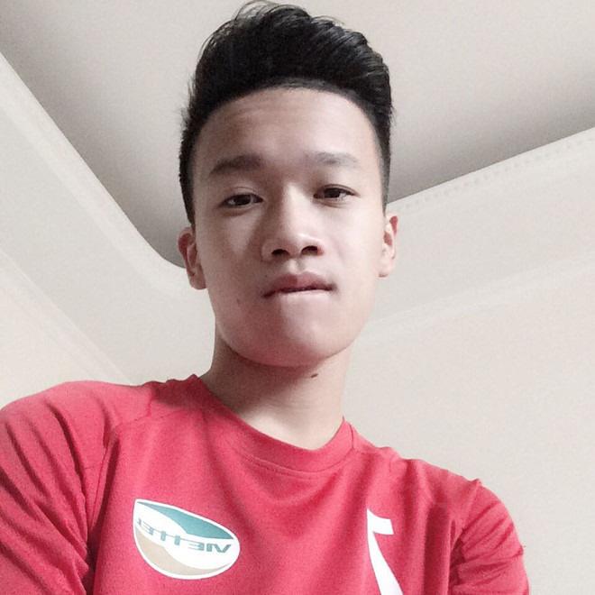 Hoàng Đức - người hùng trận U22 Việt Nam gặp Indonesia: Cao 1m83 và tất nhiên là đẹp trai lai láng!-13