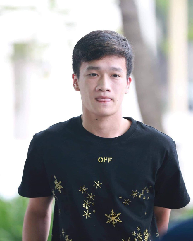 Hoàng Đức - người hùng trận U22 Việt Nam gặp Indonesia: Cao 1m83 và tất nhiên là đẹp trai lai láng!-14