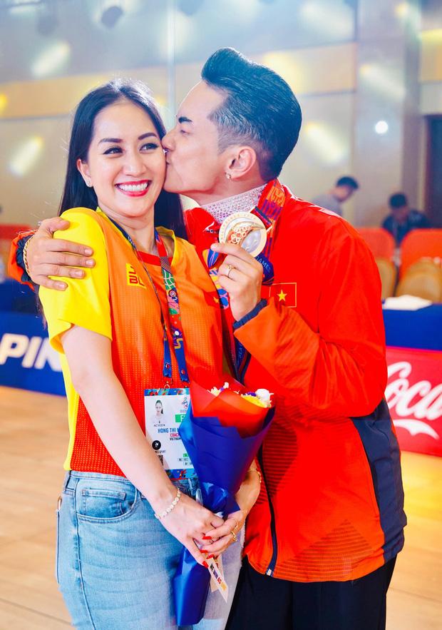 Phan Hiển chính thức giành HCV tại Seagames 30, Khánh Thi lập tức òa khóc nức nở, ôm chầm lấy chồng vì quá hạnh phúc!-5