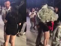 Niềm vui nhân đôi: Đi fanmeeting Running Man Việt Nam, cô gái được cầu hôn trước hàng trăm người gây
