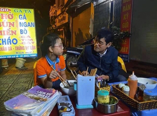 Nghe lời mẹ dặn, cô bé 10 tuổi đi lạc 60km từ Hải Dương đến Hà Nội-1