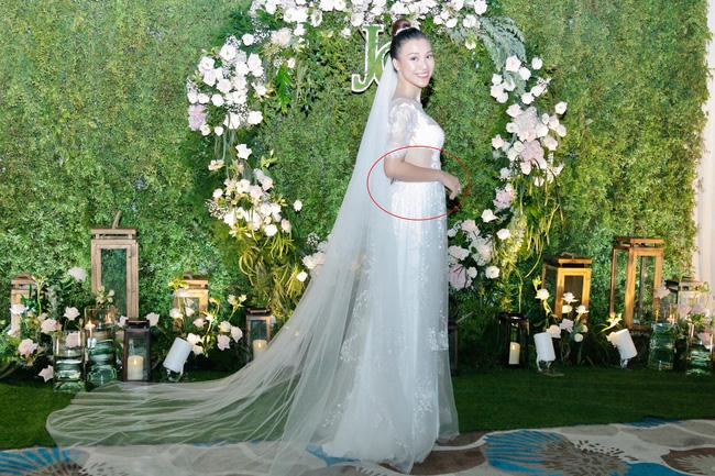 Vừa cưới chồng chưa đầy 1 ngày, Á hậu Hoàng Oanh đã lộ dấu hiệu cho thấy đang mang thai?-2