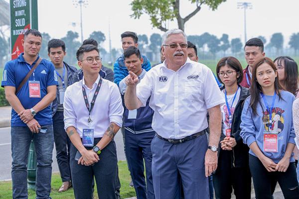 1.000 tình nguyện viên đã sẵn sàng cho chặng đua F1 Việt Nam-6