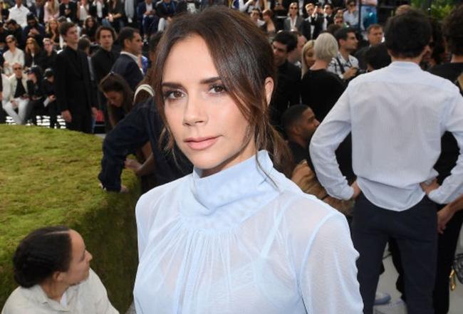 Dân tình thì mê mẩn nhưng Victoria Beckham lại đánh giá thấp 2 xu hướng thời trang hot hit này-1
