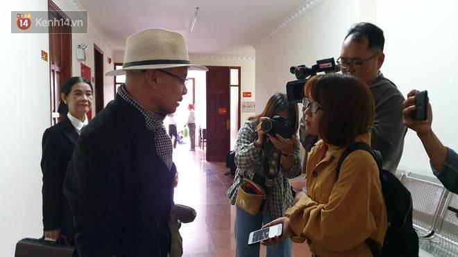 Lại bị bà Thảo yêu cầu giám định tâm thần, ông Đặng Lê Nguyên Vũ đáp lời: Những người mà tâm thần giống qua thì đất nước này cần nhiều người hơn vậy-3