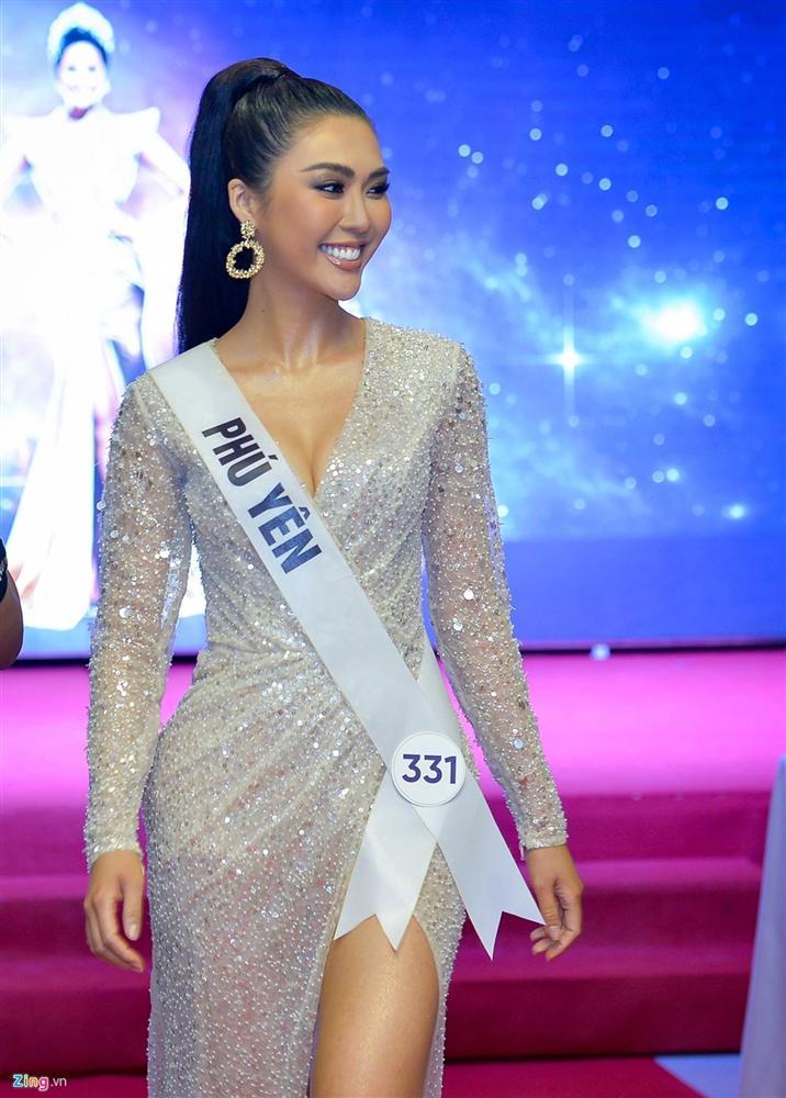 Nhan sắc thí sinh có nụ cười đẹp nhất Hoa hậu Hoàn vũ Việt Nam-3