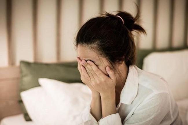 Một mình tôi nuôi 2 đứa con bị tự kỷ sau ly hôn nhưng chồng cũ tròn 8 tháng xa cách lại quay về đề nghị tôi một chuyện khiến tôi căm phẫn lẫn đau đớn tột cùng-1