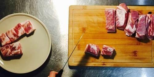 Thả thịt lợn vào nồi cơm điện, tưởng sai sai mà có ngay món ăn tuyệt đỉnh-2