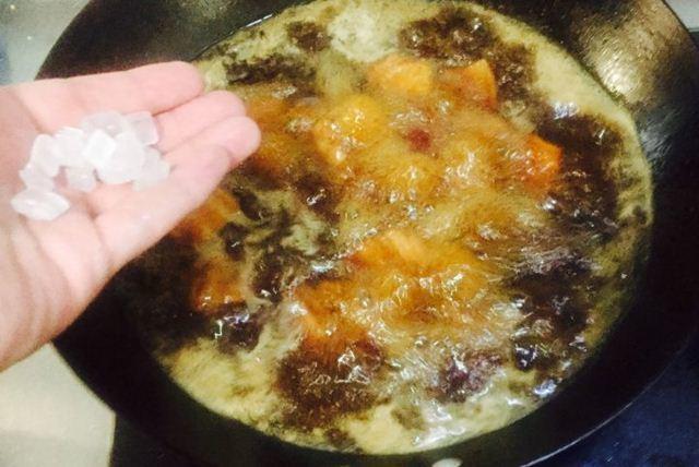 Thả thịt lợn vào nồi cơm điện, tưởng sai sai mà có ngay món ăn tuyệt đỉnh-9