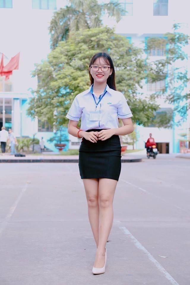 Sinh viên đại học phải mặc đồng phục, cấm để đầu trọc-1
