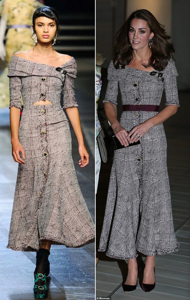 Để không hớ hênh khi mặc váy hở ngực, Công nương Kate khéo léo chỉnh sửa lại thiết kế trước khi diện-8