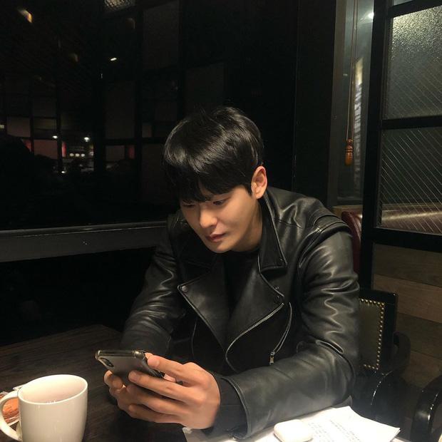 Nam diễn viên tân binh vừa qua đời Cha In Ha: Vẫn còn đăng ảnh hôm qua, nhưng liệu có biểu hiện gì bất thường?-2
