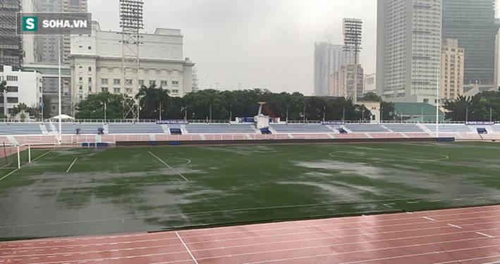 Sân bóng SEA Games ngập sũng nước trước giờ G, tiềm ẩn nguy cơ lớn cho U22 Việt Nam-6