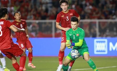 U22 Việt Nam vs Singapore: Bùi Tiến Dũng dự bị-1
