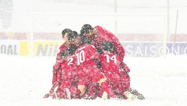 Trận Việt - Sing có nguy cơ thành thủy chiến, fan Việt Nam tặc lưỡi: Thường Châu tuyết trắng còn chẳng sợ nữa là sân ngập nước!-7