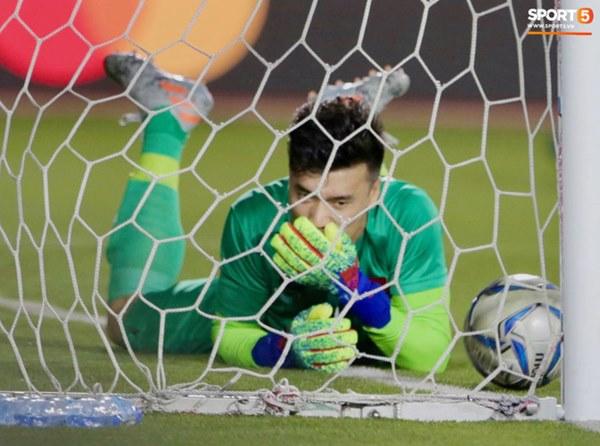 Cựu HLV thủ môn tuyển Việt Nam lý giải vì sao Tiến Dũng phải ngồi dự bị, dự đoán tương lai nhóm thủ môn U22 Việt Nam-1