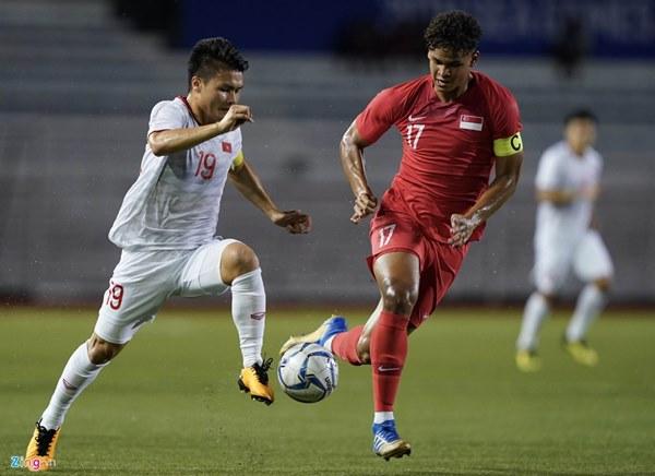 Quang Hải bị đau rời sân sau gần 20 phút gặp Singapore-1
