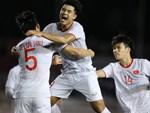 Chùm ảnh đẹp những pha không chiến của Việt Nam ở trận thắng kịch tính Singapore-15