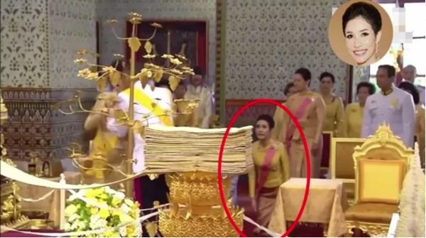 Tiết lộ khoảnh khắc bất thường của Hoàng quý phi Thái Lan trước khi bị phế truất, chứng tỏ việc tranh sủng với Hoàng hậu là có thật-4