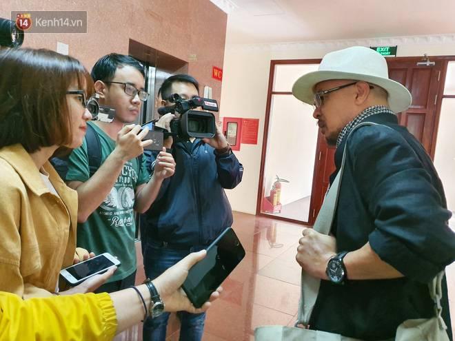 Bà Thảo tiếp tục nói HĐXX đang xử ép, ông Vũ chia sẻ: Nếu đúng luật cha mẹ qua phải 50% lận, cô ấy nói giống như chồng mình đi ở đợ-4