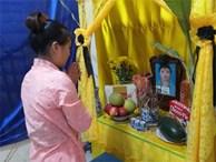 Sau vụ người mẹ tự vẫn ở Hà Nội: Cô gái trẻ đơn thân nuôi 3 con nhỏ chia sẻ về nỗi cơ cực