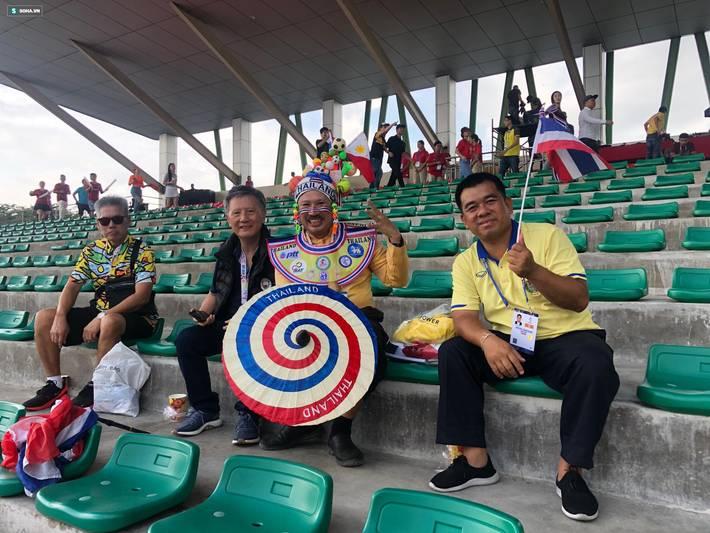Fan Việt nhuộm đỏ SVĐ Binan, dự đoán chiến thắng áp đảo cho đội nhà-3