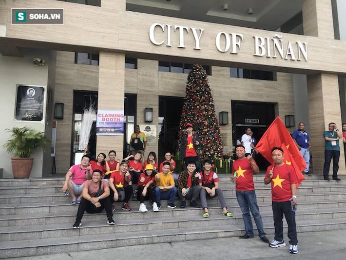 Fan Việt nhuộm đỏ SVĐ Binan, dự đoán chiến thắng áp đảo cho đội nhà-10