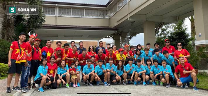 Fan Việt nhuộm đỏ SVĐ Binan, dự đoán chiến thắng áp đảo cho đội nhà-11