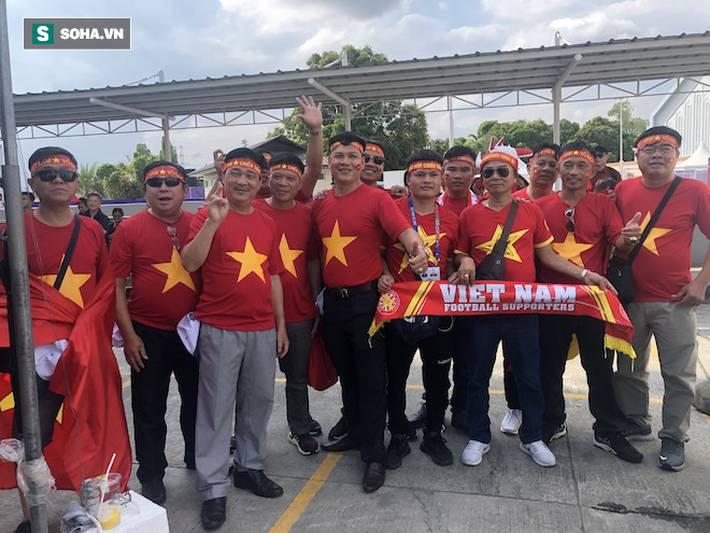 Fan Việt nhuộm đỏ SVĐ Binan, dự đoán chiến thắng áp đảo cho đội nhà-8