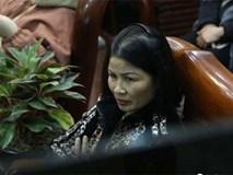 Phút trầm ngâm, lo lắng của các bậc sinh thành khi Quang Hải bị chấn thương