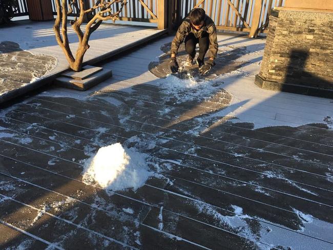 Băng tuyết đầu mùa phủ trắng đỉnh Fansipan, dự báo một mùa tuyết rơi đẹp đến ngỡ ngàng-7