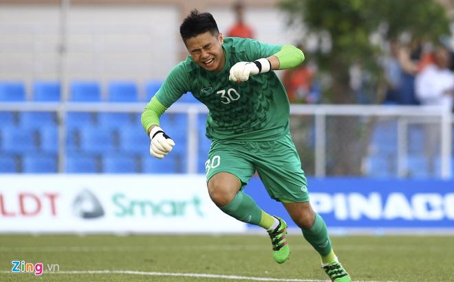 Việt Nam cho Thái Lan thành cựu vương sau trận hòa 2-2, tiến thẳng vào bán kết SEA Games với ngôi đầu bảng-12