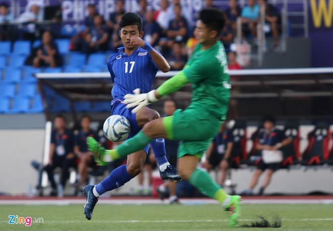 Việt Nam cho Thái Lan thành cựu vương sau trận hòa 2-2, tiến thẳng vào bán kết SEA Games với ngôi đầu bảng-11