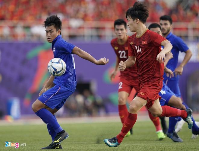 Việt Nam cho Thái Lan thành cựu vương sau trận hòa 2-2, tiến thẳng vào bán kết SEA Games với ngôi đầu bảng-8