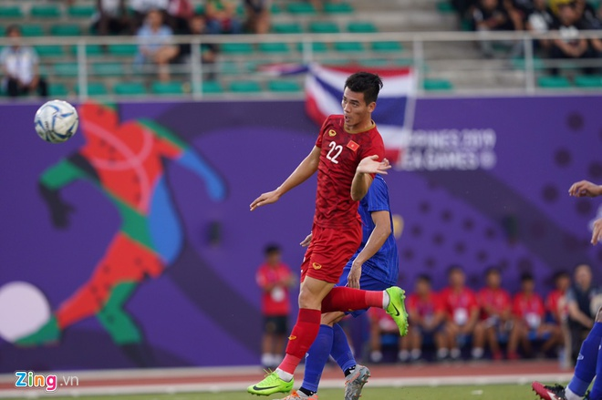 Việt Nam cho Thái Lan thành cựu vương sau trận hòa 2-2, tiến thẳng vào bán kết SEA Games với ngôi đầu bảng-9
